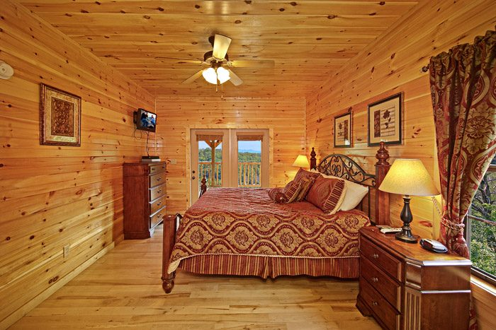 Cabin with Master Suite - 1 In A Million