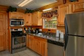 Luxury 2 Bedroom Cabin rental with Full Kitchen