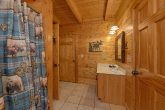 3 Bedroom Cabin in Pigeon Forge Sleeps 6