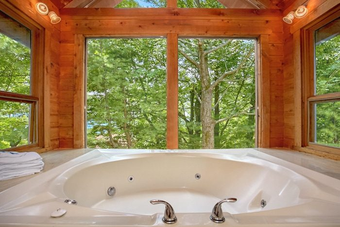 in hot rental sleeps tub with maker gf pictures ht cabin gatlinburg bedroom for dream