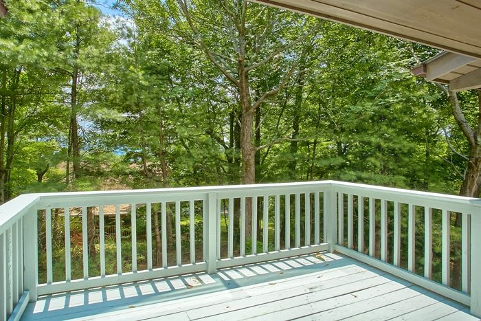 Secluded Cabin with VIew and Private Deck - 4 Seasons Gatlinburg