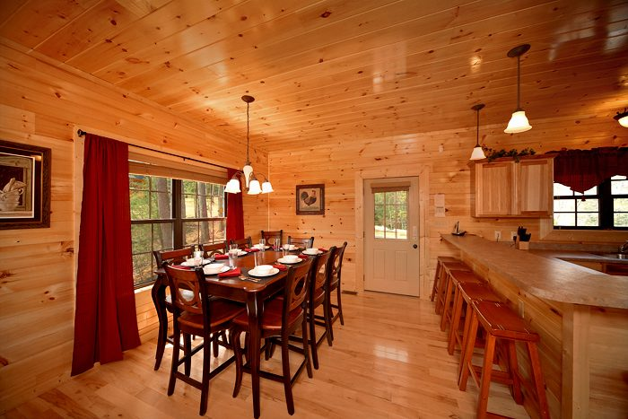 Smoky Mountain Cabin with Large Dining Table - 4 Your Pleasure