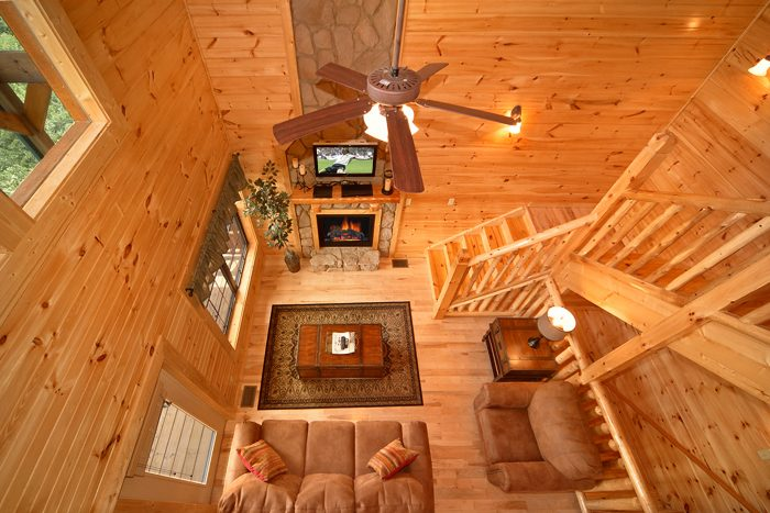 Luxurious 3 Bedroom Cabin with 3 Levels - 5 O'Clock Somewhere