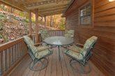 2 Bedroom Cabin withLots of Deck Space