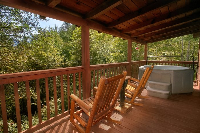 A Bears Gatlinburg Den Cabin Rental Photo
