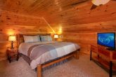 1 Bedroom Honeymoon Cabin with King Bed