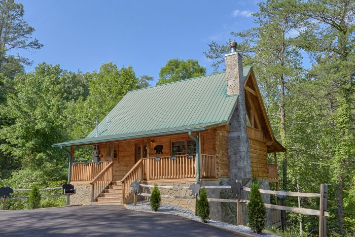 A Bear's Hideaway Cabin Rental Photo