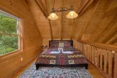 2 bedroom cabin with Loft Bedroom and King Bed