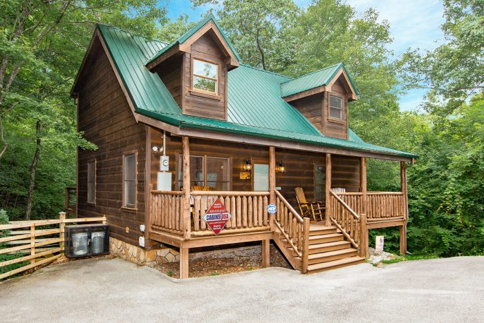 A Bear's View Cabin Rental Photo