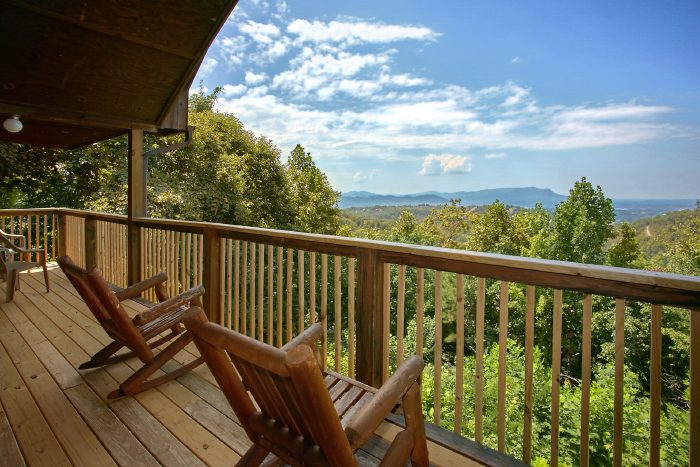 bedroom pigeon forge cabin near dollywood with views