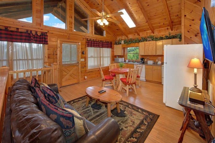 Rustic 2 Bedroom Cabin with Spacious Living Area - A Beary Happy Place