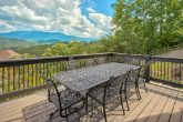 Luxurious Cabin Rental with Outdoor Dining Area