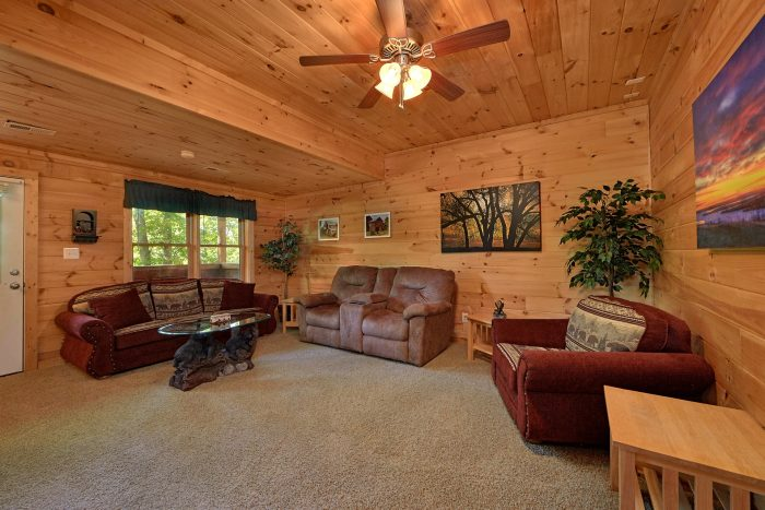 Cozy 2 Bedroom Cabin with 2 Private Levels - A Cozy Cabin