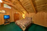 Pigeon Forge 2 Bedroom Cabin Sleeps 8
