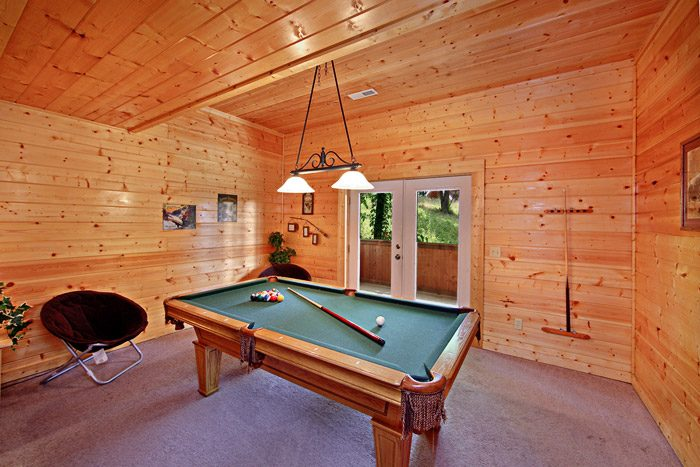 Cabin with Pool Table - A Daze End