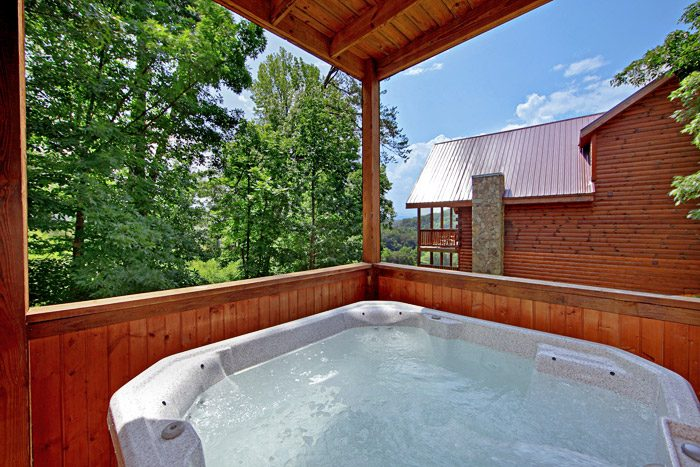 Cabin with Hot Tub - A Daze End