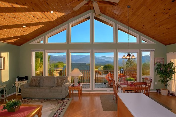 Pigeon Forge Cabin with 2 Bedrooms and Views - A Dream Come True