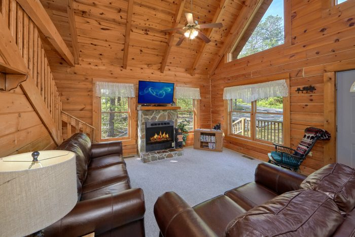 1 Bedroom Cabin with Fireplace in Living Room - A Gift From Heaven