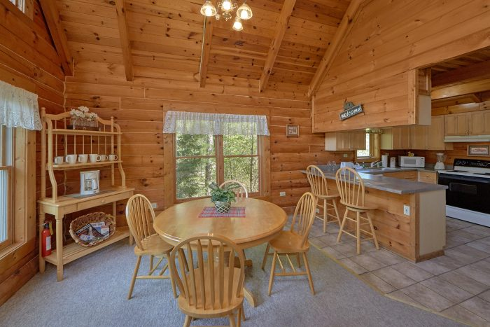 1 Bedroom Cabin with Full Kitchen & Dining Room - A Gift From Heaven