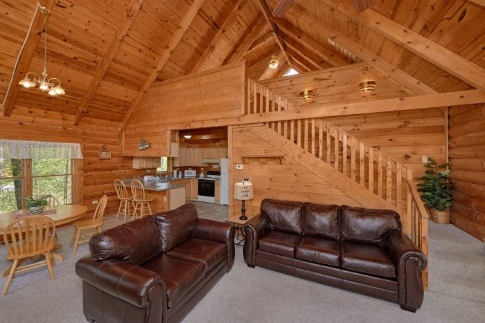 1 Bedroom Cabin with Loft Game Room - A Gift From Heaven