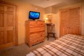 Spacious 3 Bedroom Cabin Sleeps 8