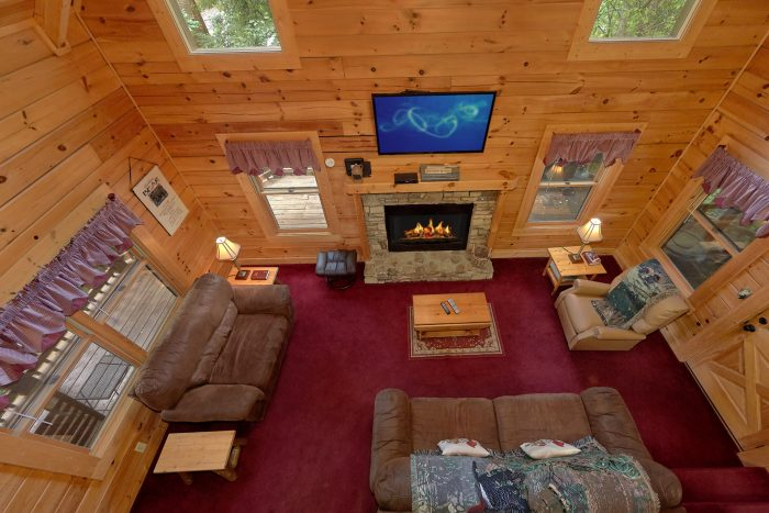 2 Bedroom Cabin with a Fireplace - A Happy Haven