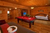 Spacious cabin with a King beds and game room