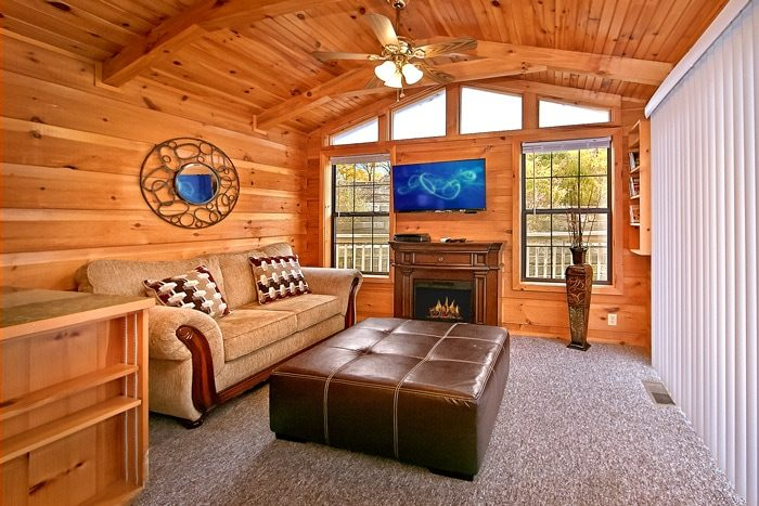 Cabin with electric fireplace - A Long Kiss Goodnight
