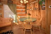 1 Bedroom Cabin with Dining Table for 4