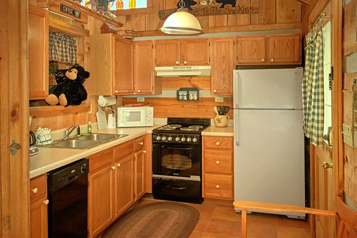 1 bedroom cabin that sleeps 4 with full kitchen - A Love Nest