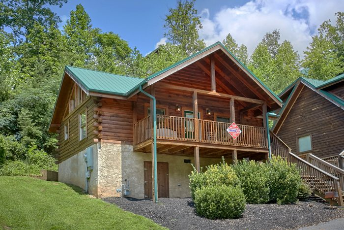 Pigeon Forge 1 Bedroom Honeymoon Cabin - A Lovers Retreat