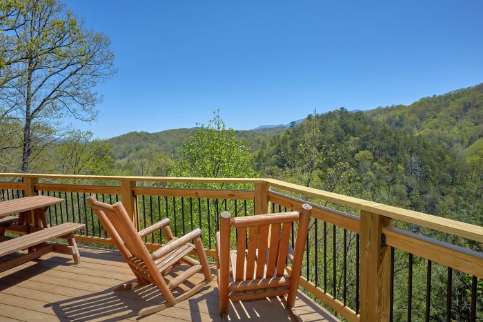 Featured Property Photo - A Mountain Haven