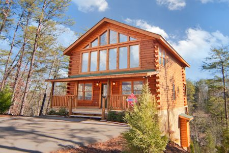 Fabulous Escape: 4 Bedroom Sevierville Cabin Rental
