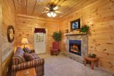 Premium Cabin with 2 Fireplaces and Sleeper Sofa