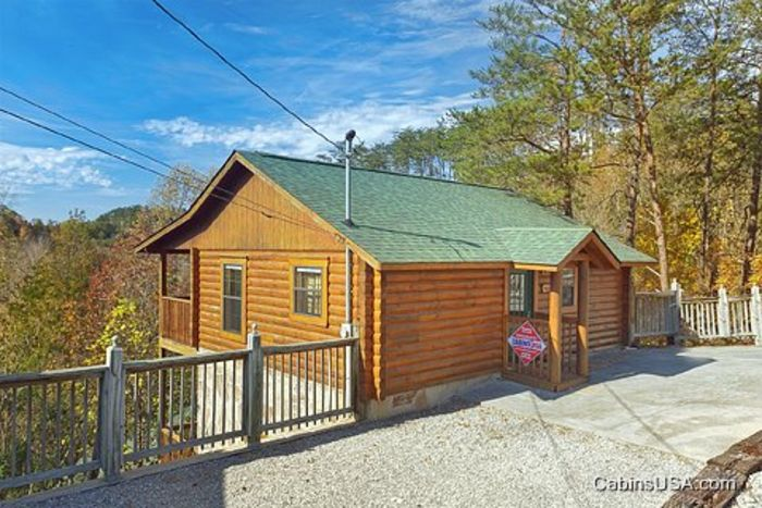 3 bedroom cabin in pigeon forge a mountain retreat