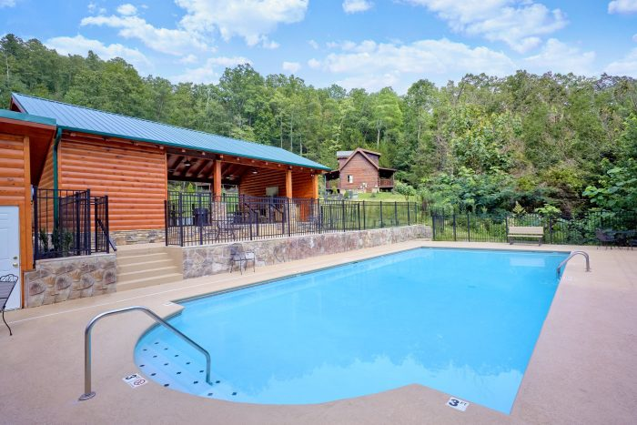 2 Bedroom Cabin with Resort Pool and Clubhouse - A Rocky Top Memory