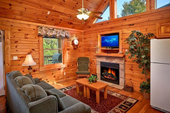 Premium 1 Bedroom Cabin with Living Room - A Romantic Journey