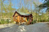 Rustic 1 Bedroom Cabin Near Dollywood
