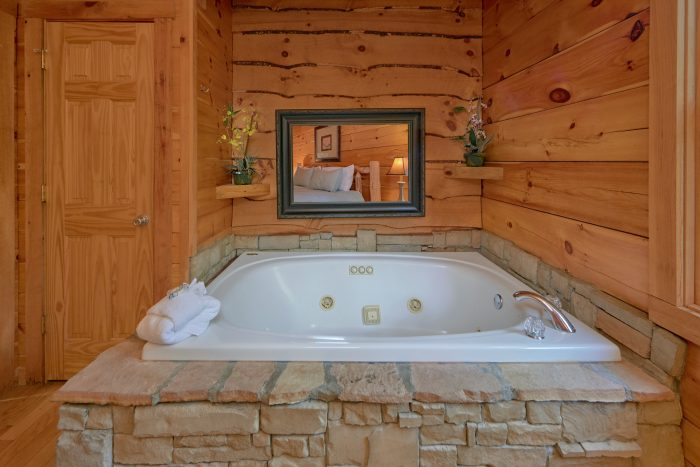 Cabin with Hot Tub - A Stones Throw