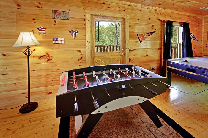 Game Room with Great Amenities - A Tennessee Treasure