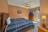 5 Bedroom Room Cabin Sleeps 12