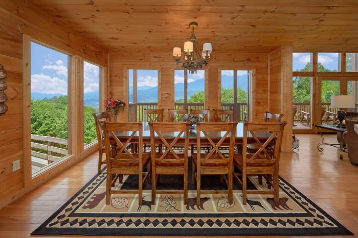 Beautiful 5 Bedroom Cabin Sleeps 12 Gatlinburg - A View From Above