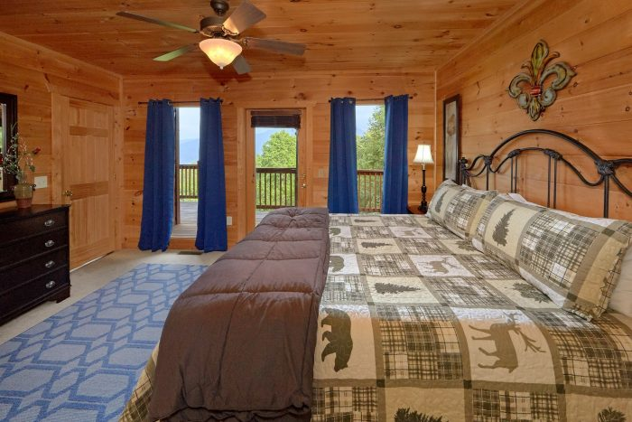 5 Bedroom Cabin with Fireplace Sleeps 12 - A View From Above