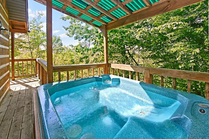 Hot Tub with Scenic Views - Above the Clouds