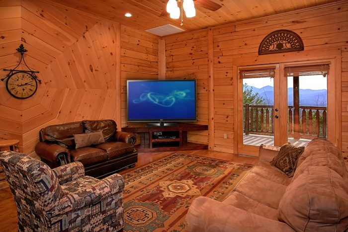 Premium Cabin with Game Room, TV and Pool Table - Above The Smokies