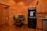 5 Bedroom Cabin with Arcade game and Pool Table