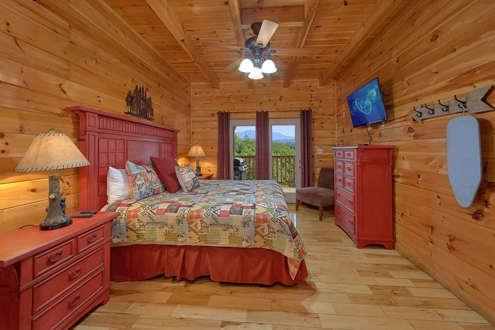 5 Star View Pigeon Forge Cabin Rental