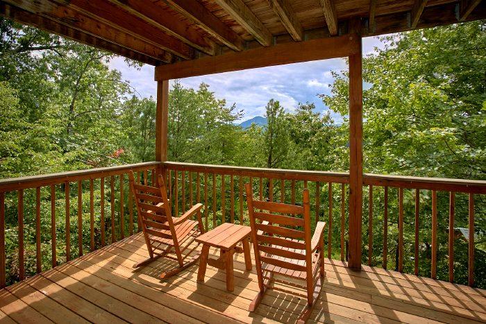 Premium 1 bedroom Cabin with Mountain Views - Ain't No Mountain High Enough