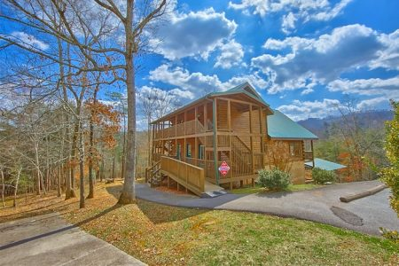 Seventh Heaven: 7 Bedroom Sevierville Cabin Rental