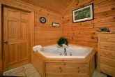 Eagles Ridge 7 Bedroom Cabin with 2 Jacuzzi Tubs